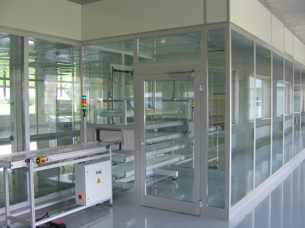 Construction Clean Room Floor : Wall systems with floor to ceiling glazing octanorm