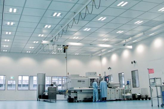 Ceilings with 100 kg/m² maximum capacity